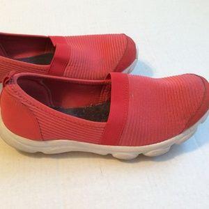 EasySpirit e360 Slip-On Walking Sneakers Coral Sz8